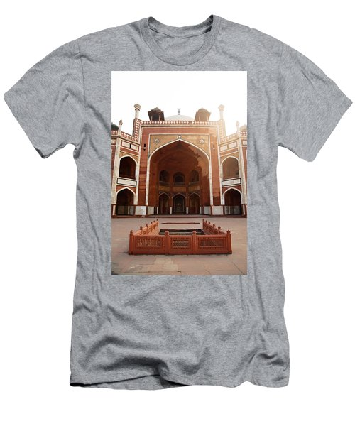 Oil Painting - Cross Section Of Humayun Tomb Men's T-Shirt (Athletic Fit)