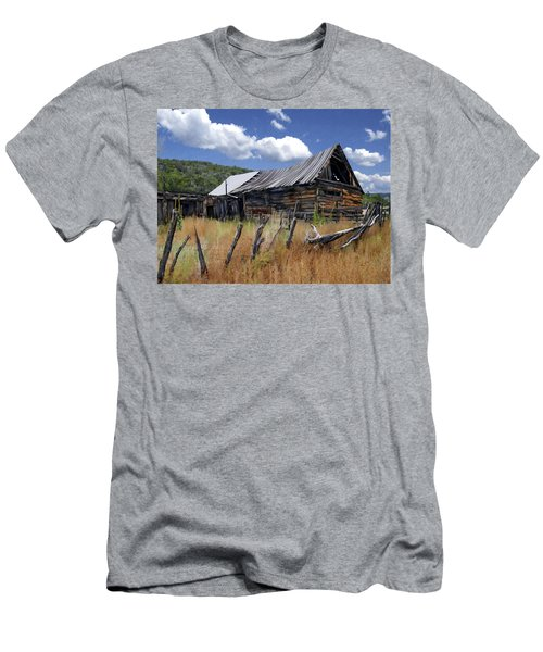 Old Barn Las Trampas New Mexico Men's T-Shirt (Athletic Fit)