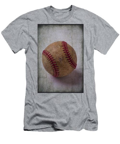Old Baseball Men's T-Shirt (Athletic Fit)