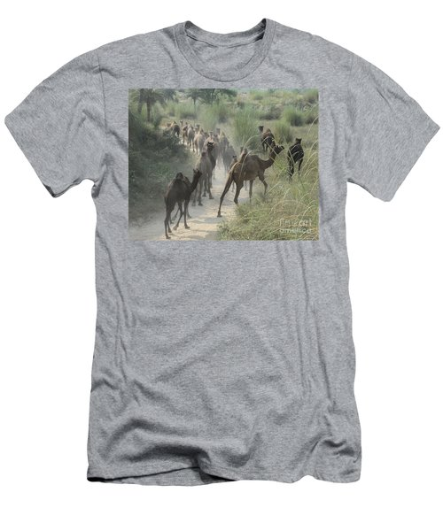 On The Road To Pushkar Men's T-Shirt (Athletic Fit)