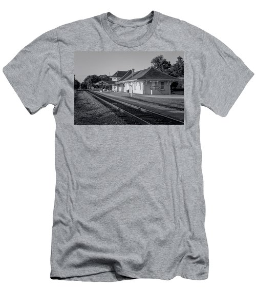 Palatka Train Station Men's T-Shirt (Slim Fit) by Lynn Palmer