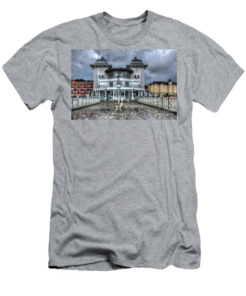 Penarth Pier Pavilion 2 Men's T-Shirt (Athletic Fit)