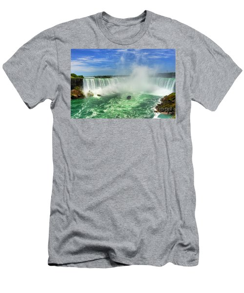 Point Of Land Cut In Two.. Men's T-Shirt (Athletic Fit)