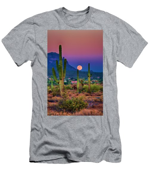 Postcard Perfect Arizona Men's T-Shirt (Athletic Fit)