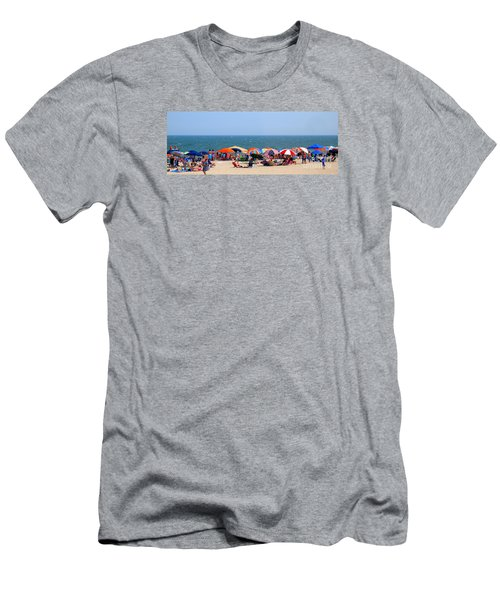 Rehobath Beach Delaware Men's T-Shirt (Athletic Fit)