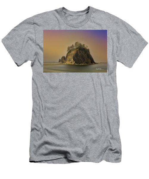 Rialto Beach - Little James Island Men's T-Shirt (Athletic Fit)