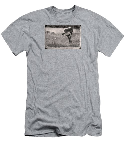 Rural Route Mail Call  Men's T-Shirt (Athletic Fit)
