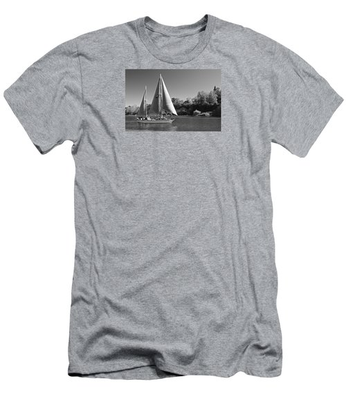 The Fearless On Lake Taupo Men's T-Shirt (Athletic Fit)