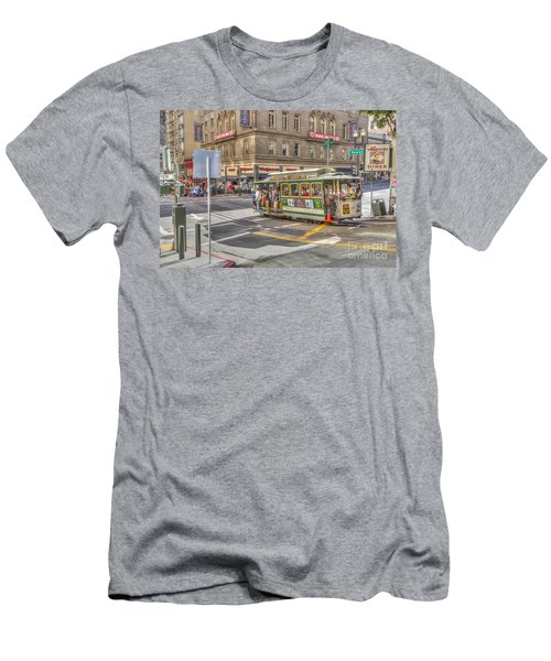 San Francisco Cable Car Men's T-Shirt (Athletic Fit)
