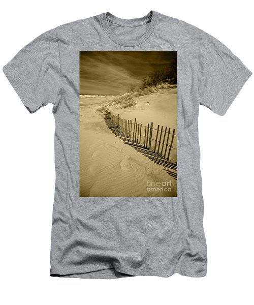Sand Dunes And Fence Men's T-Shirt (Athletic Fit)