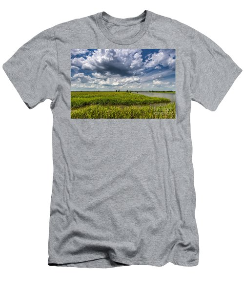 Savannah Wildlife Refuge  Men's T-Shirt (Athletic Fit)