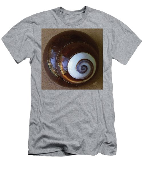 Seashells Spectacular No 26 Men's T-Shirt (Athletic Fit)