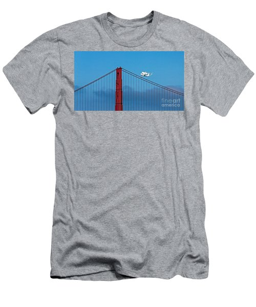 Shuttle Endeavour At The Golden Gate Men's T-Shirt (Athletic Fit)