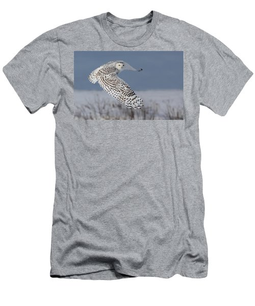 Snowy In Action Men's T-Shirt (Athletic Fit)