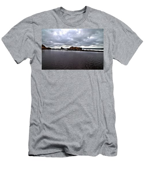 Sutro Baths Pool Men's T-Shirt (Athletic Fit)