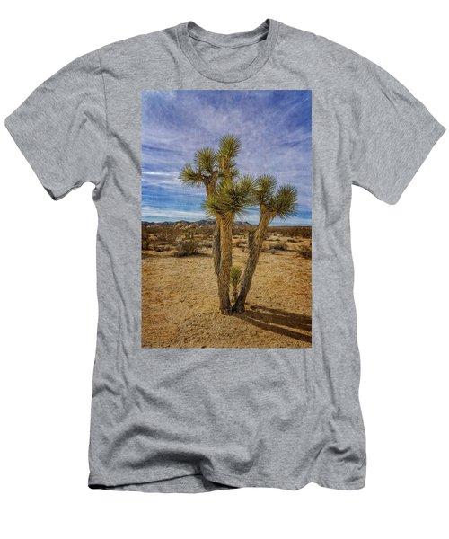 Textured Men's T-Shirt (Athletic Fit)