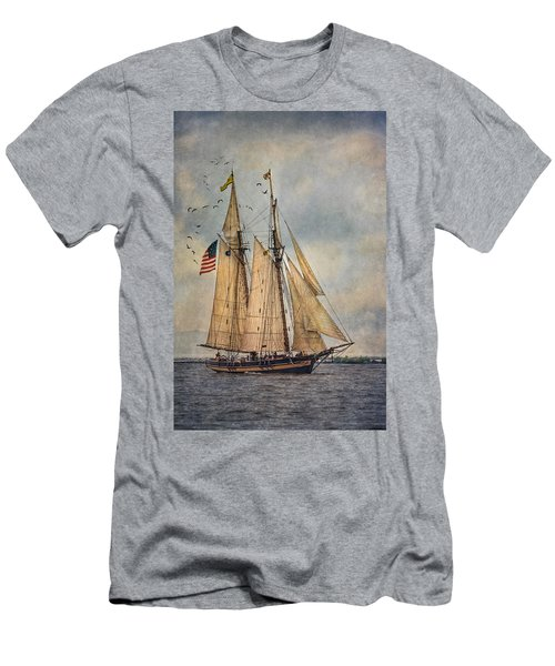 The Pride Of Baltimore II Men's T-Shirt (Athletic Fit)