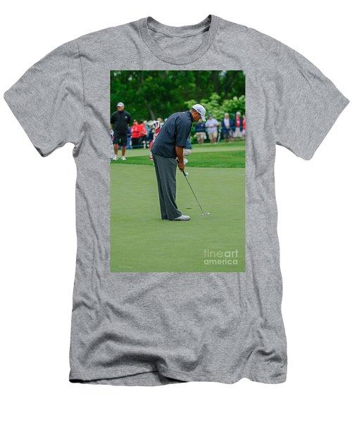 D12w-457 Tiger Woods Men's T-Shirt (Athletic Fit)