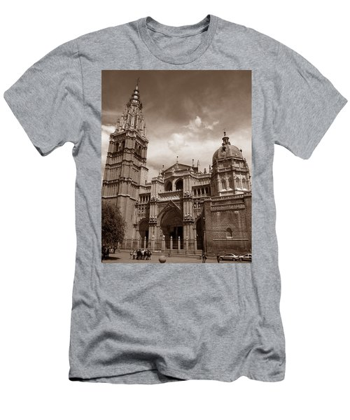 Toledo Cathedral Men's T-Shirt (Athletic Fit)