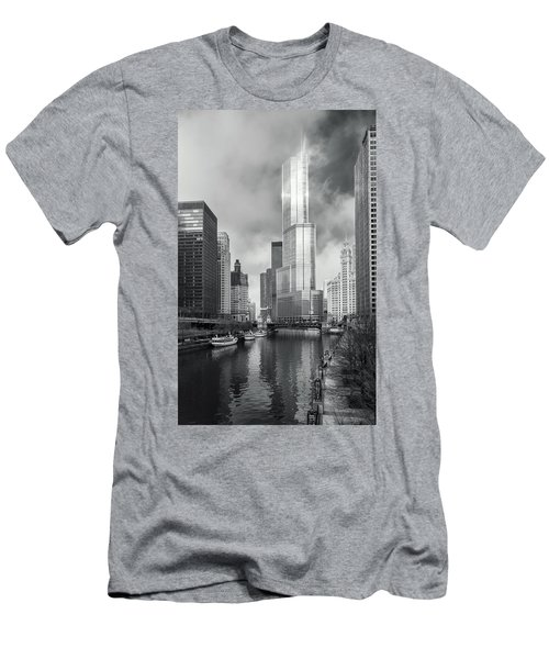 Men's T-Shirt (Athletic Fit) featuring the photograph Trump Tower In Chicago by Steven Sparks