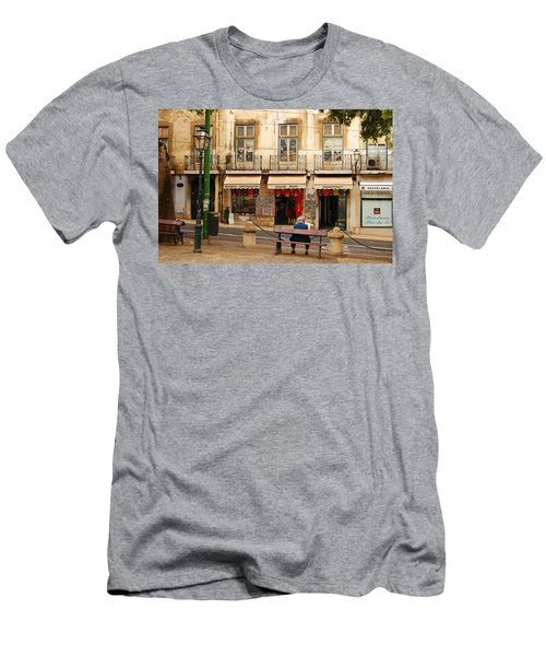 Lisbon Street Scene Men's T-Shirt (Athletic Fit)