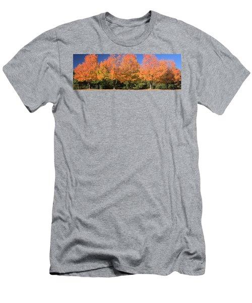 Welcome Autumn Men's T-Shirt (Athletic Fit)
