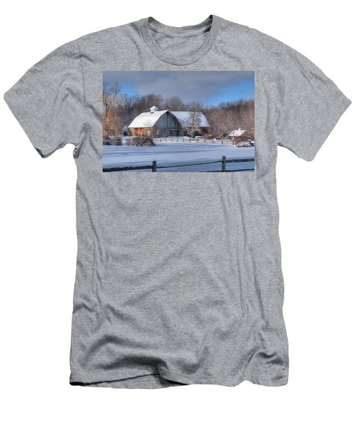 Winter On The Farm 14586 Men's T-Shirt (Athletic Fit)