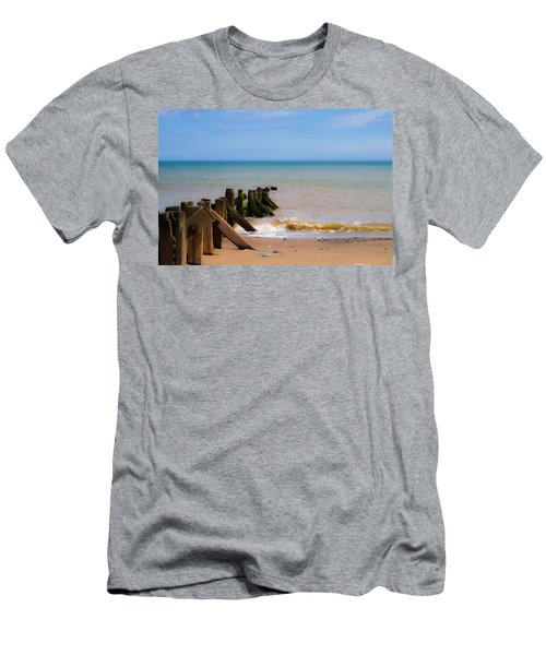 Withernsea Groynes Men's T-Shirt (Athletic Fit)
