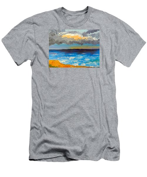 Wollongong Beach Men's T-Shirt (Athletic Fit)