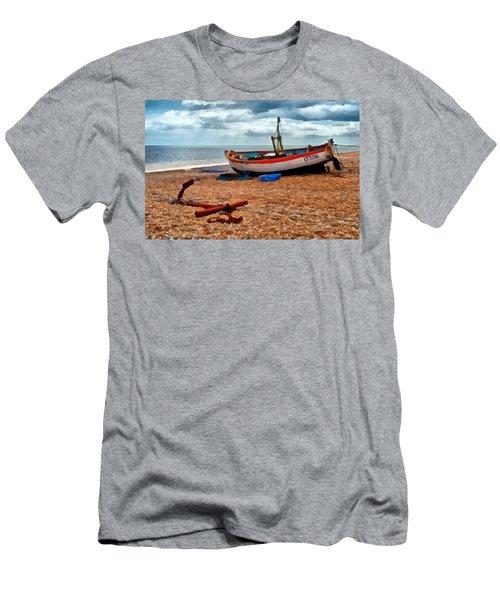 Aldeburgh Fishing Boat Men's T-Shirt (Athletic Fit)