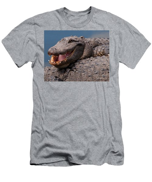 Alligator Smile Men's T-Shirt (Athletic Fit)