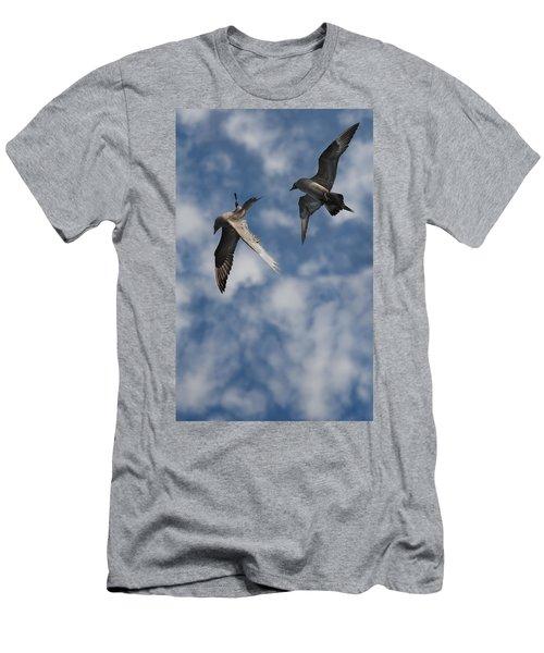 Arctic Skuas Men's T-Shirt (Athletic Fit)