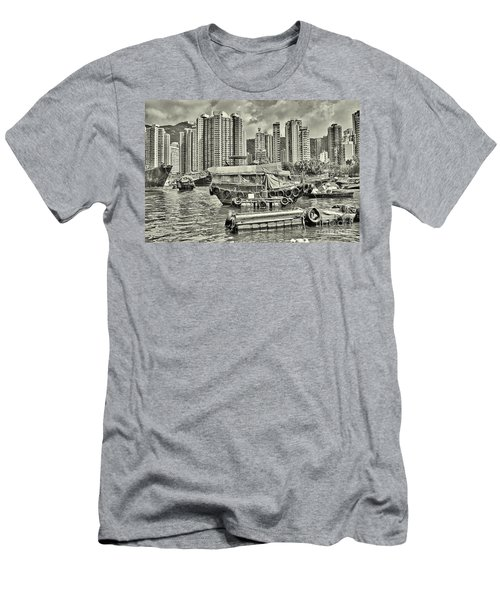 Boat Life In Hong Kong Men's T-Shirt (Athletic Fit)