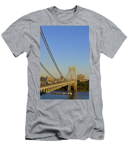 George Washington Bridge And Boat Men's T-Shirt (Athletic Fit)