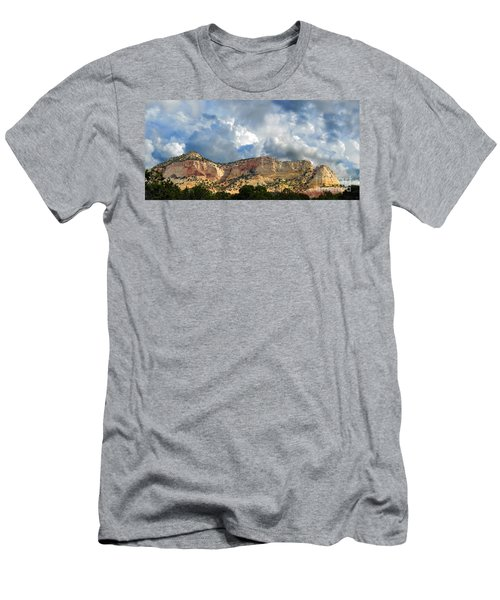 Kanab Utah Men's T-Shirt (Athletic Fit)