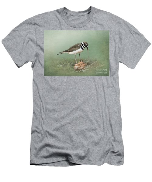 Killdeer And Worm Men's T-Shirt (Athletic Fit)