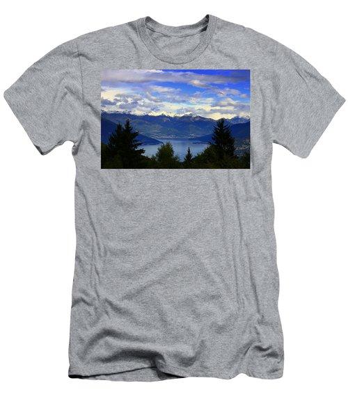 Lake Of Como View Men's T-Shirt (Athletic Fit)
