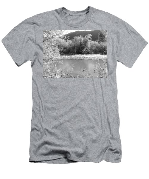 Lakeside Mountain View Men's T-Shirt (Athletic Fit)