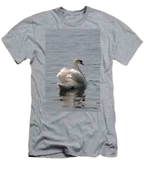 Mute Swan Men's T-Shirt (Athletic Fit)