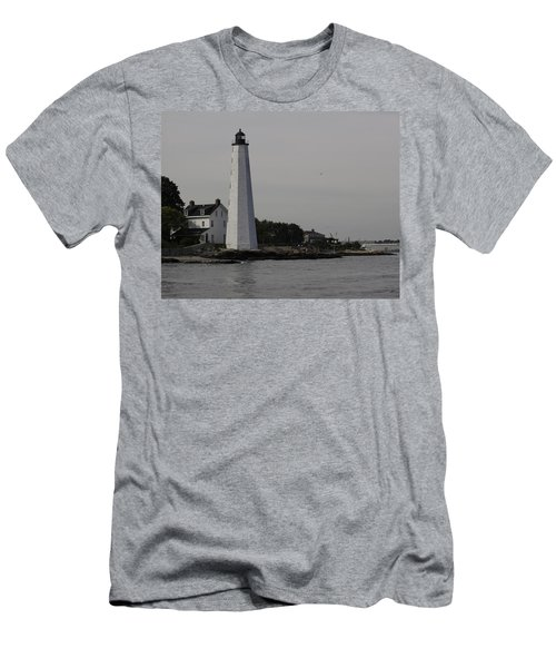 New London Light Men's T-Shirt (Athletic Fit)