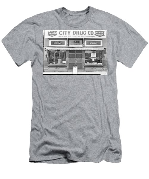 Old Drug Store Circa 1930 Men's T-Shirt (Athletic Fit)
