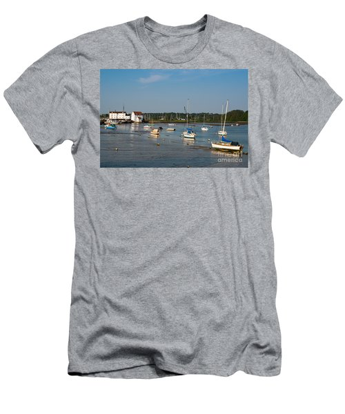 River Deben Estuary Men's T-Shirt (Athletic Fit)