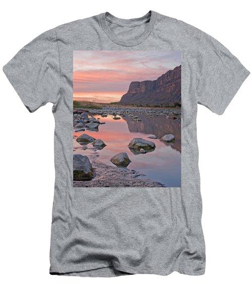 Santa Elena Men's T-Shirt (Athletic Fit)