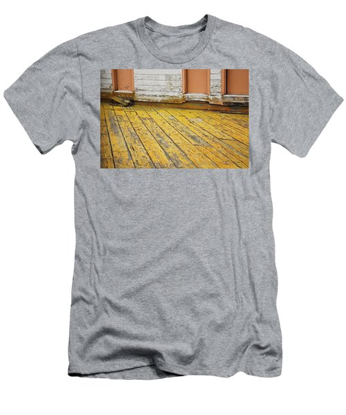 Weathered Monterey Building Men's T-Shirt (Athletic Fit)