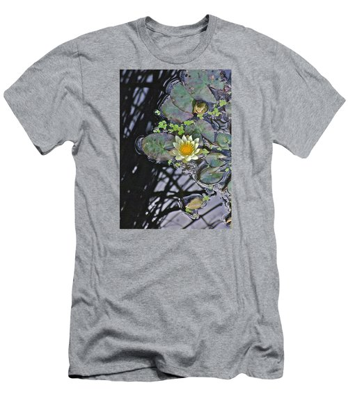 September White Water Lily Men's T-Shirt (Athletic Fit)