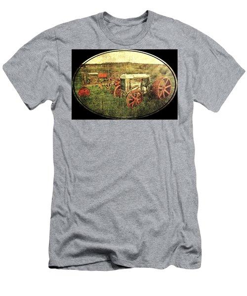 Vintage 1923 Fordson Tractors Men's T-Shirt (Athletic Fit)