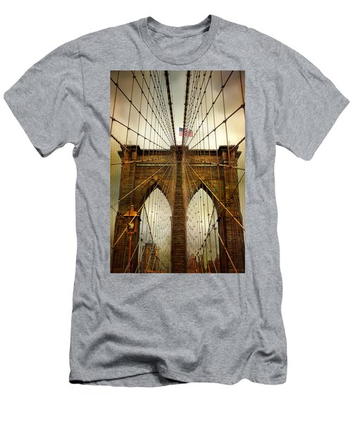Brooklyn Bridge Twilight Men's T-Shirt (Athletic Fit)