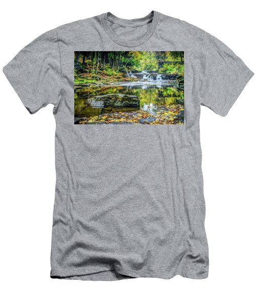 Devils River 3 Men's T-Shirt (Athletic Fit)
