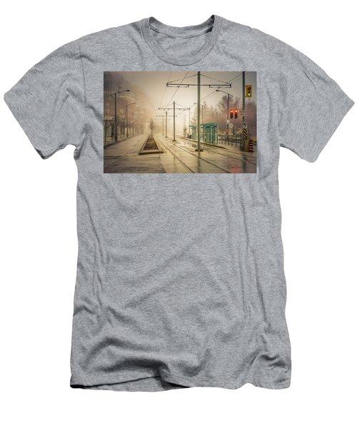 Fog Deserted Street Men's T-Shirt (Athletic Fit)