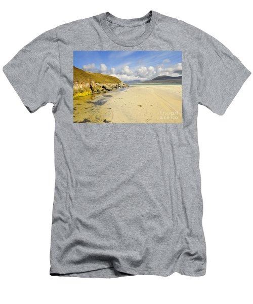 Horgabost Beach Men's T-Shirt (Athletic Fit)